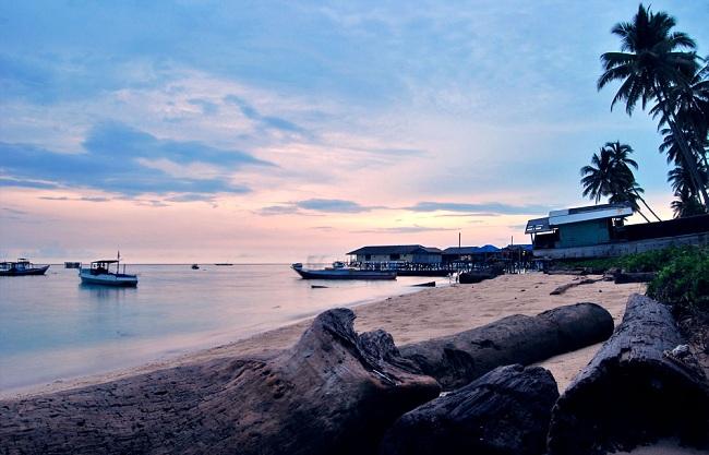 Derawan_Island_East_Kalimantan_visitklatencom