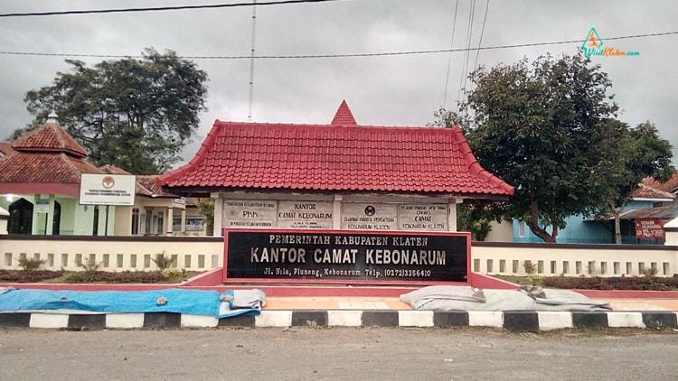 kantor kecamatan kebonarum